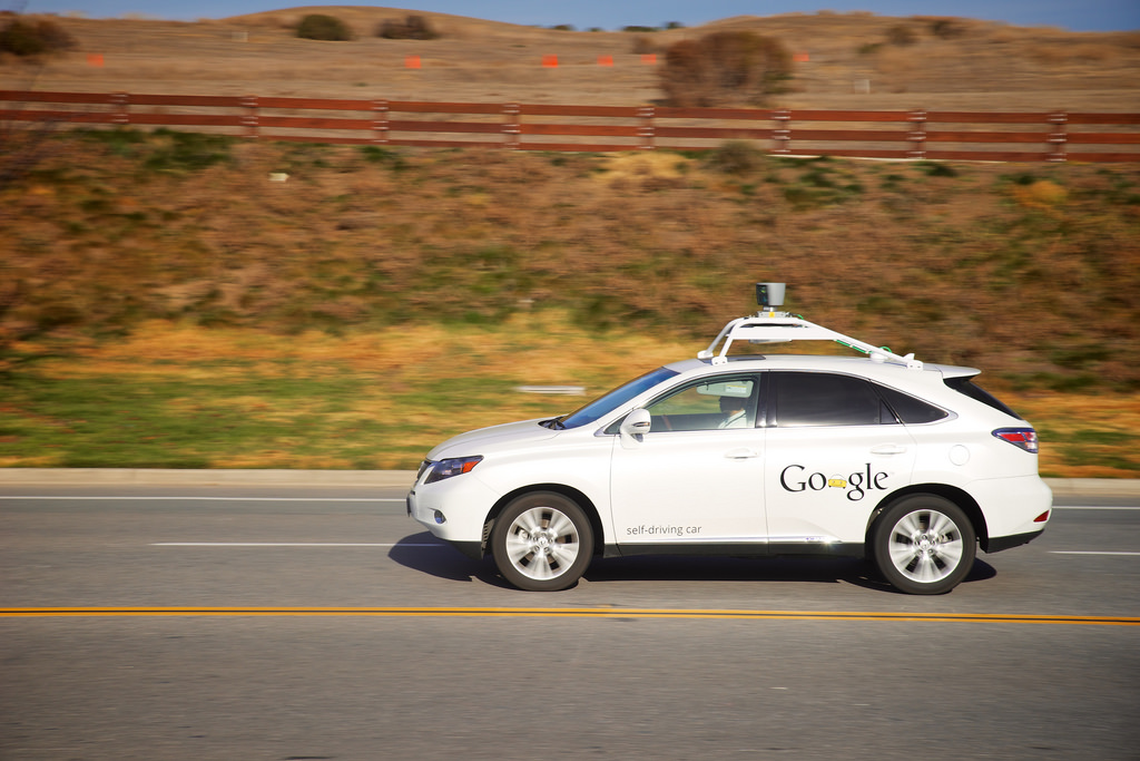 Self Driving Cars and the Law: 3 Things You Need to Know About the Current State of Affairs